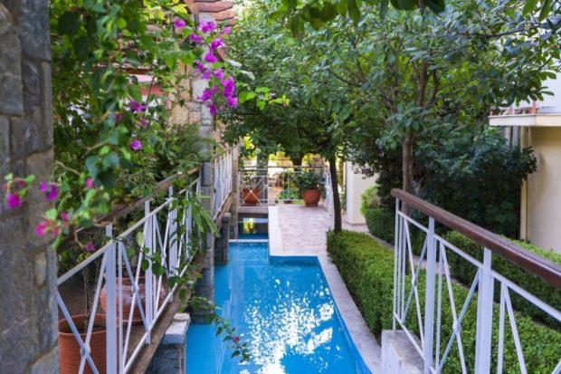Hotel-Garden1-e1581094331107